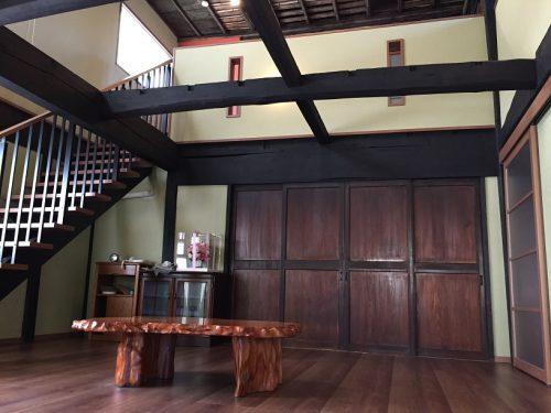 古民家再生:広い玄関ホール